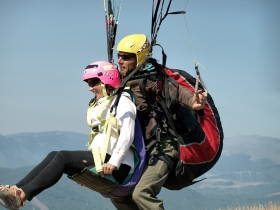 Paraglider flight instruction